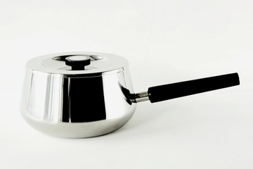 Kleiner Kochtopf mit Deckel / Topf aus Chromstahl mit Griff