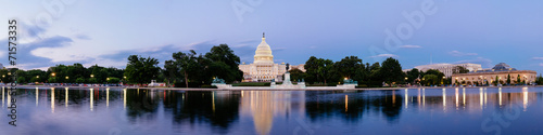 canvas print picture Panorama of the United Statues Capitol, Washington DC, USA.