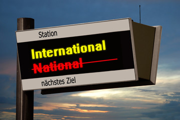 Anzeigetafel 4 - International