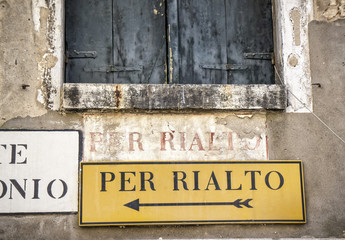Sign directions in Venice, Italy