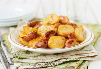 Balsamic Roast Potato with Garlic, Eschalot and Rosemary