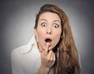 Surprise astonished woman with stunned face expression