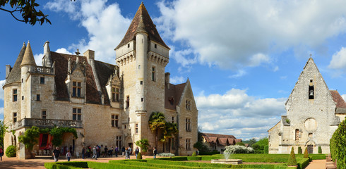 Panoramic view of the chateau des Milandes
