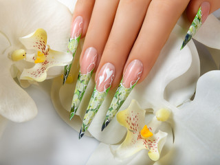 Beauty Spring Nail Design.