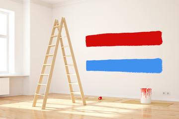 Neue Farbe als Test an Wand im Raum