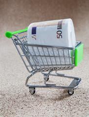caddi de supermarché consommateur