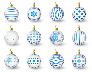Set of glossy Christmas balls