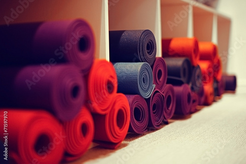 Aluminium Gymnastiek yoga mats in yoga club