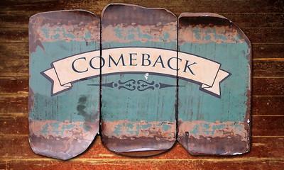 Holzmetallbild 1 - Comeback