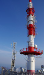 antennes relais et paraboles