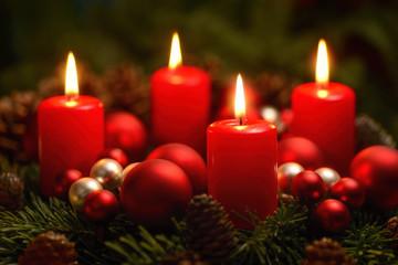 Adventkranz mit 4 Flammen