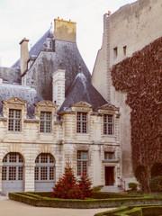 Retro look Hotel de Sully Paris