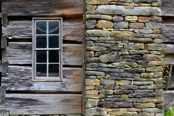 Old Log Cabin-CloseUp