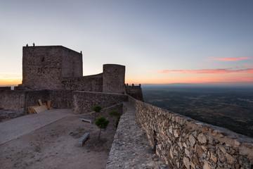 Pôr do Sol no castelo de Marvao