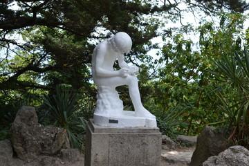 """Скульптура """"Мальчик, вытаскивающий занозу"""""""