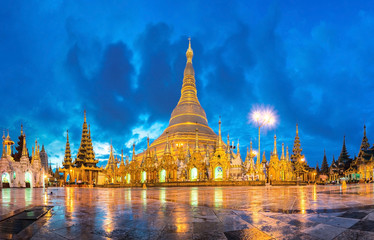 Shwedagon in twilight