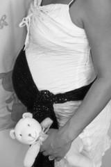 jeune femme enceinte