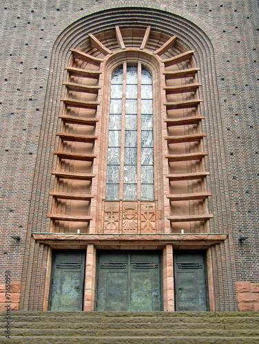 Leinwanddruck Bild Eingangsportal Herz-Jesu-Kirche in BOTTROP