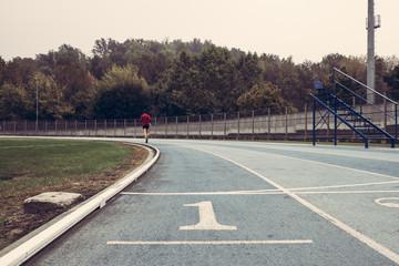 corsa su pista da atletica