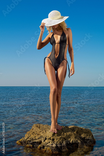 canvas print picture Beautiful blonde at the sea