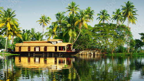 Plexiglas India backwaters