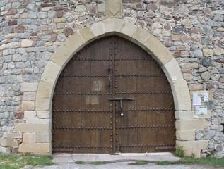 Puerta del castillo de Argüeso