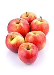 Jabłka na białym tle
