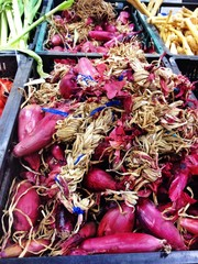 Red onion at the supermarket