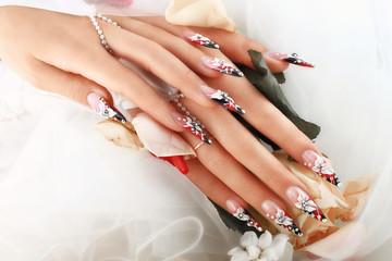 Beauty Wedding Nail Design.