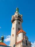 Szczegółowy widok starej latarni morskiej w Sopocie