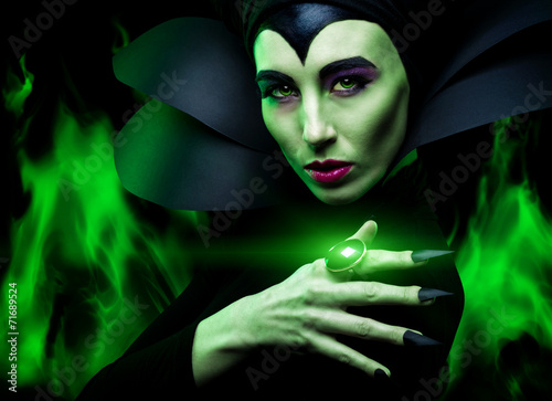 Maleficent demonic - starring Poster