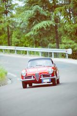 Auto d'epoca rossa