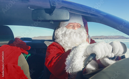 Portrait of Santa Claus in the car - 71695354