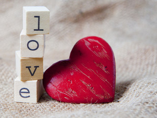 love et coeur rouge
