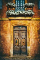 Roussillon door