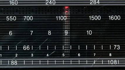 tune in radio stations at Radio FM-AM Tuner