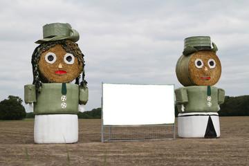 Strohpuppen Paar