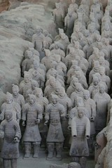 Xi'an Terracota warriors - Pit discoveries