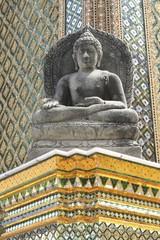 Buddha statue - Grand Palace/Phra Borom Maha Ratcha Wang