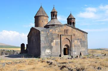Армения, древний монастырь Айраванк