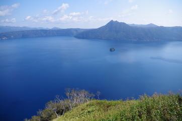 摩周湖と小さな島
