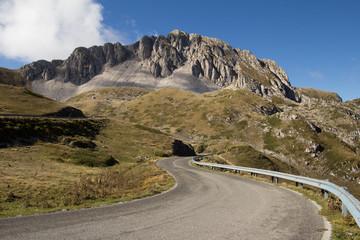 Strada verso il Monte Terminillo