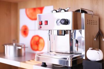 Kaffeemaschine in Küche