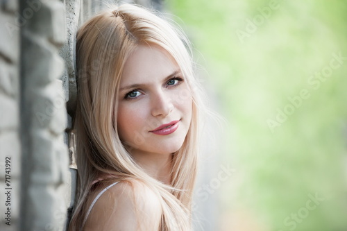 canvas print picture blonde face