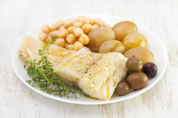 cod fish with chick-pea and potato