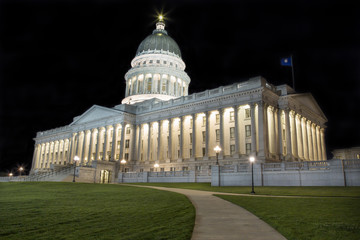 State Capitol Building in Salt Lake City Utah at night.