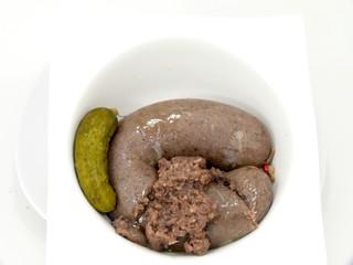 Westfälische Rinderwurst am Gürkchen
