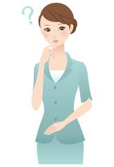 考える女性 表情 スーツ