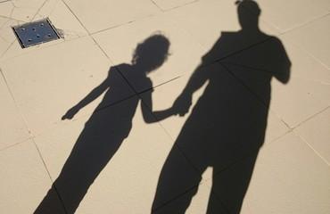 Padre e hija sombra