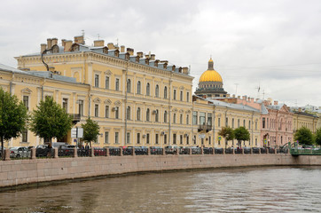 Набережная Мойки в пасмурную погоду, Санкт-Петербург